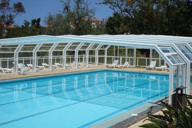 Comment choisir un abri pour piscine ?