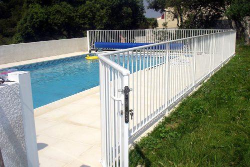 Choisir la barrière de sa piscine