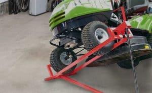 Comment fabriquer un lève-tondeuse pour son tracteur tondeuse