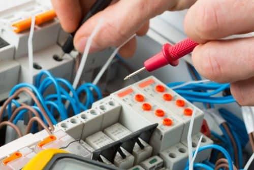 Quels sont les risques d'une installation électrique défectueuse ?