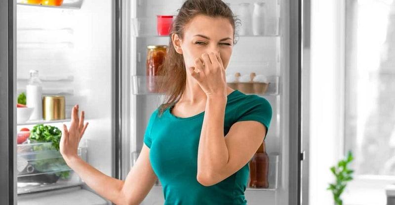 Mauvaise odeur frigo : les astuces pour y remédier